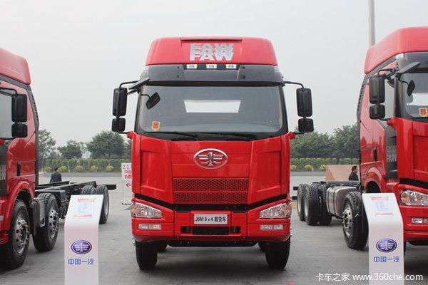 2013款解放 J6P重卡 350马力 8X4 载货车底盘(CA1310P66K2L7T4E4)