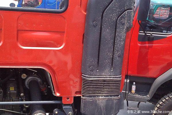 东风柳汽 霸龙重卡 260马力 8X2 栏板载货车(LZ1313PEL)底盘图