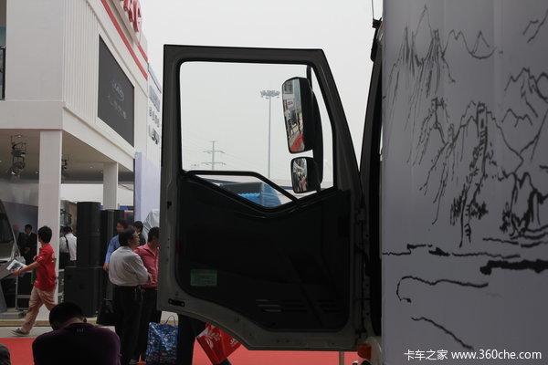 解放 J6L中卡 140马力 4X2 厢式载货车(新道依茨)(CA1160P62K1L4E4)驾驶室图