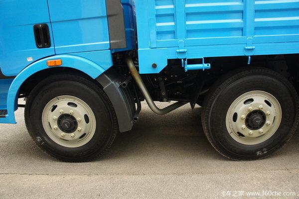 解放 J6L中卡 220马力 6X2 栏板载货车(CA1250P62K1L5T3E)底盘图
