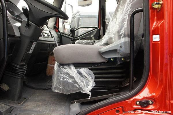 解放 J6L中卡 160马力 4X2 栏板载货车(CA1160P62K1L4E)驾驶室图
